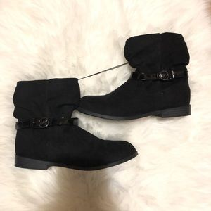 New Michael Kors Black ankle boots size 5